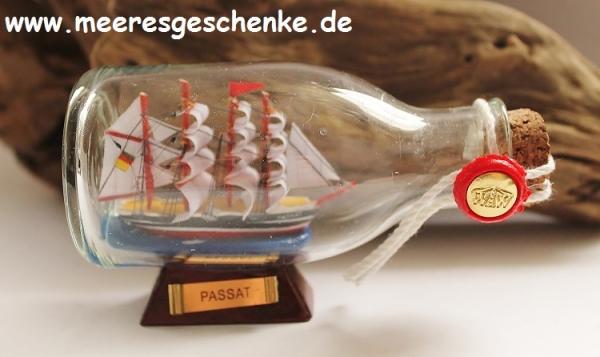 Flaschenschiff / Buddelschiff Passat ca. 12 x 7 cm